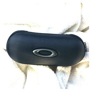 Oakley black Zippered eyeglass case only